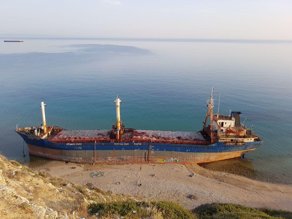 Bozcaada Batik Gemi Beylik Koyu Kamp Alani 1