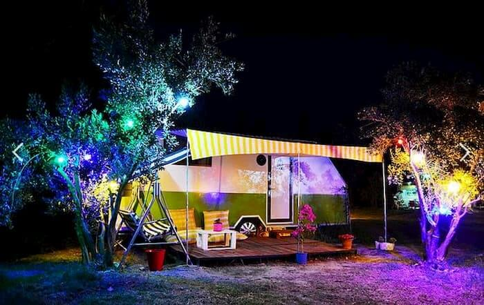Mona Glamping Caravan Suites