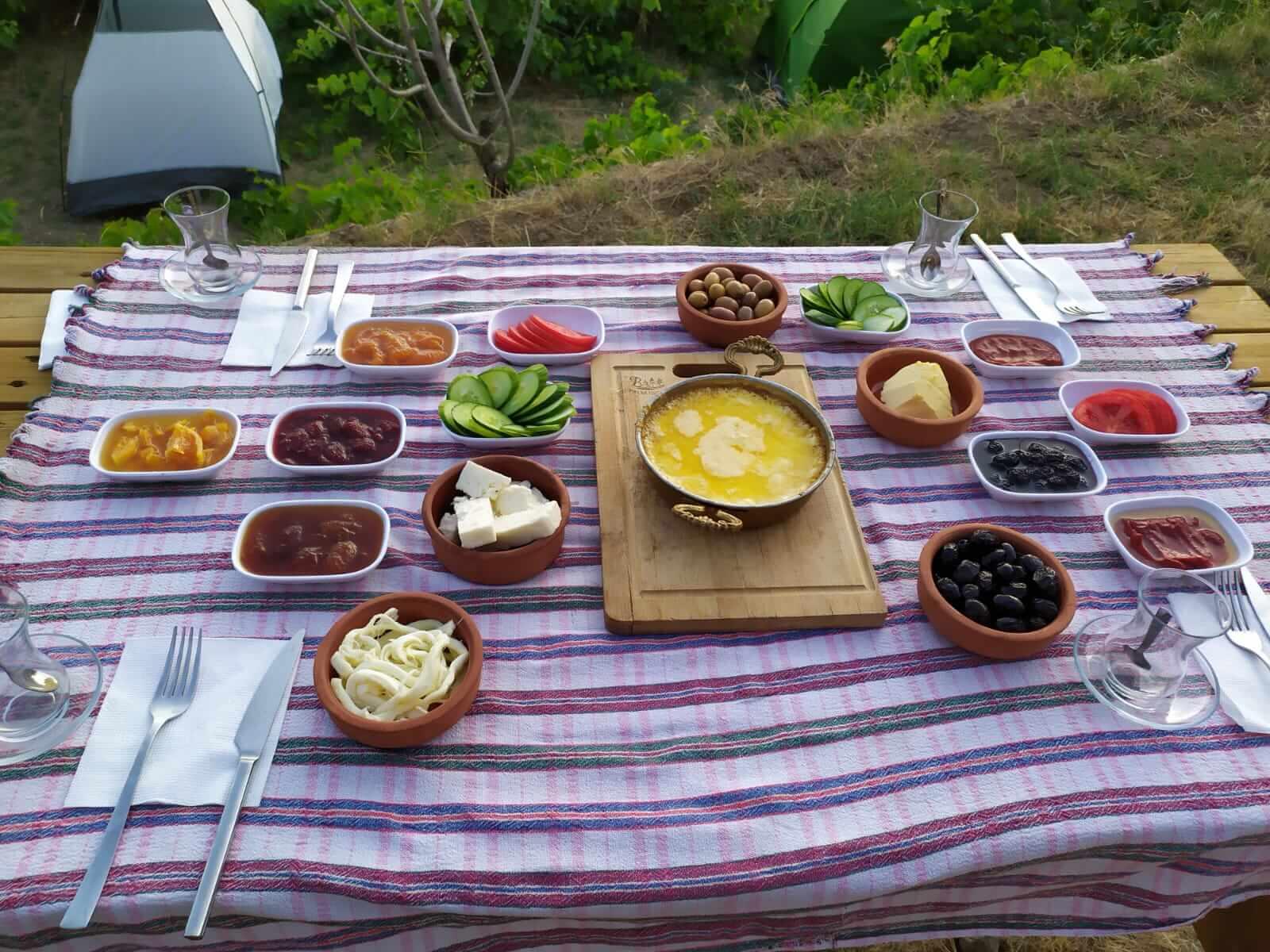 Nazarköy Dere Camping