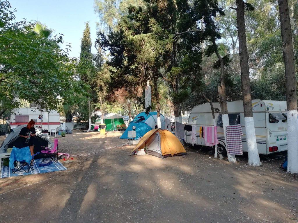 Zetas Camping 1