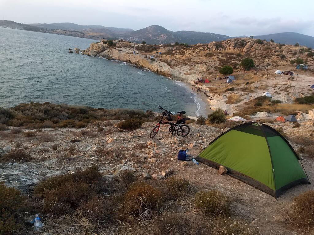 Çanak Koyu Kamp Alanı