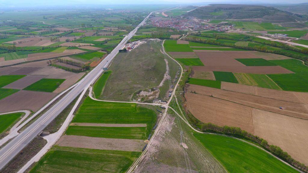 Sinanpaşa Balmahmut Köyü Kamp Alanı
