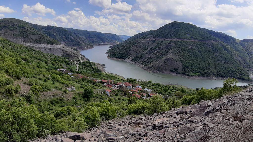 Akyar Barajı Kamp Alanı
