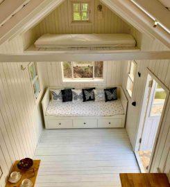 Charming Ecologic Tiny House